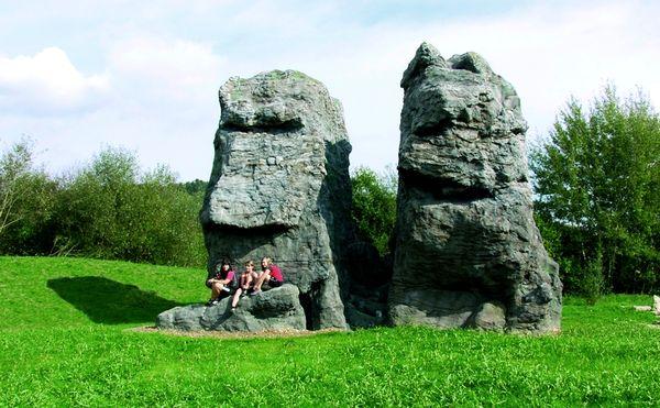 Die Kunstfelsen Rauchröhren in den Natur-Art-Parks Arrach