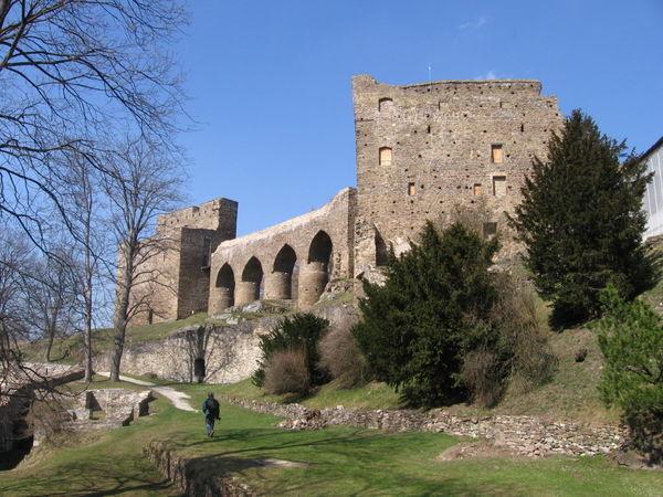 Blick auf die Burg Velhartice im Bezirk Klattau in Böhmen