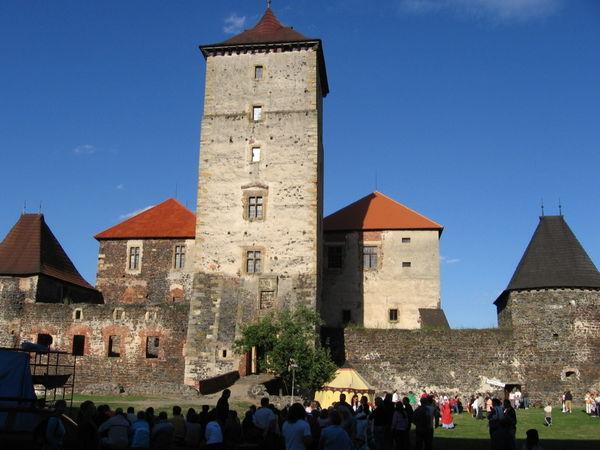 Blick auf die Wasserburg Schwihau zwischen Klattau und Pilsen in Böhmen