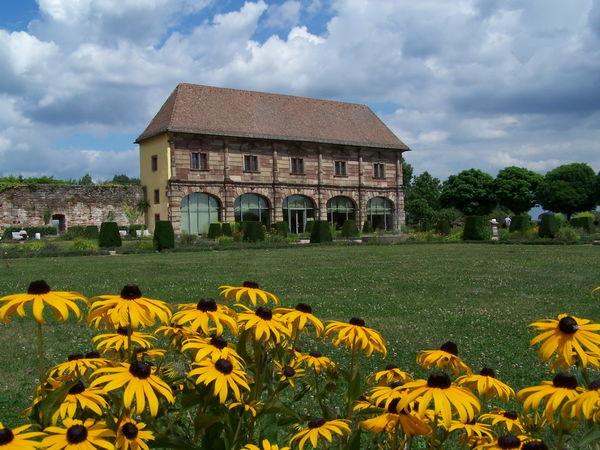 Orangerie mit Barockgarten
