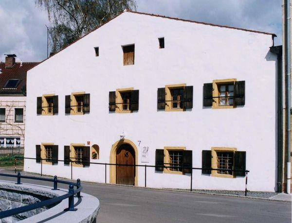 Museum S.P.U.R. im ehemaligen Armenhaus in Cham