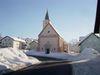 Winterstimmung bei der Pfarrkirche St. Katharina in Eppenschlag im Bayerischen Wald