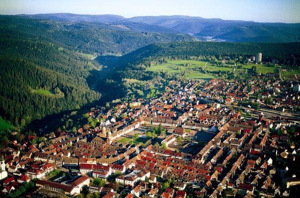 Größter Marktplatz Deutschlands aus der Vogelperspektive
