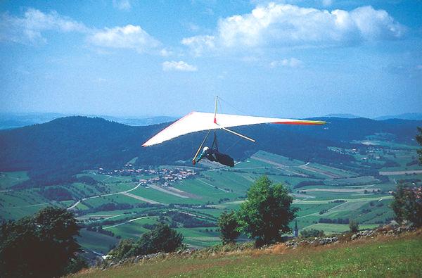 Drachenflieger bei Grainet im Dreiländereck Bayerischer Wald