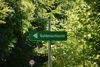 Hinweisschild Guldenschlucht von Landstraße aus