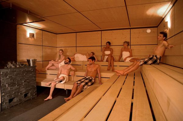 koi bad sauna saunas tourismus zentrale saarland gmbh. Black Bedroom Furniture Sets. Home Design Ideas