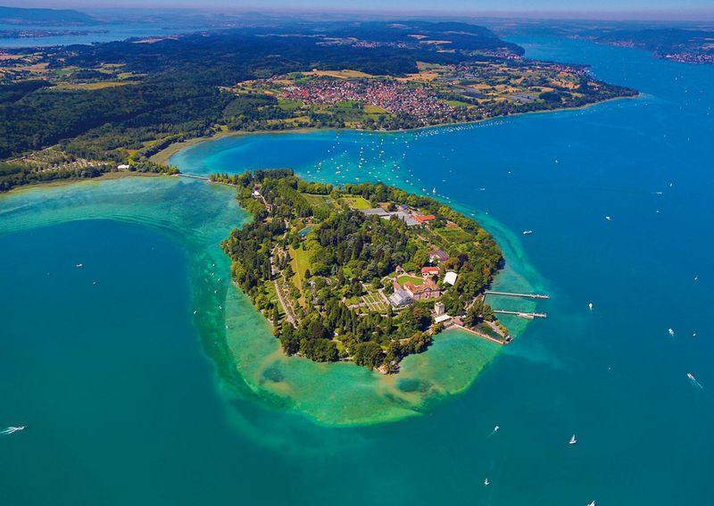 Luftaufnahme der Insel Mainau