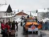 Der Gaudiwurm schlängelt sich durch den Erholungsort Langdorf