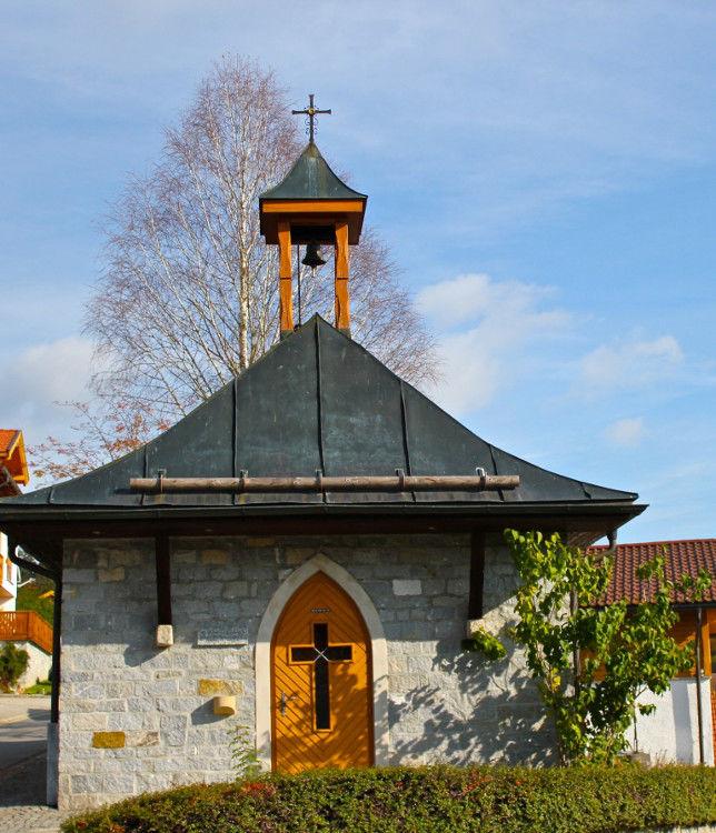 Blick auf die Kapelle SANKT KONRAD in Altschönau bei Neuschönau