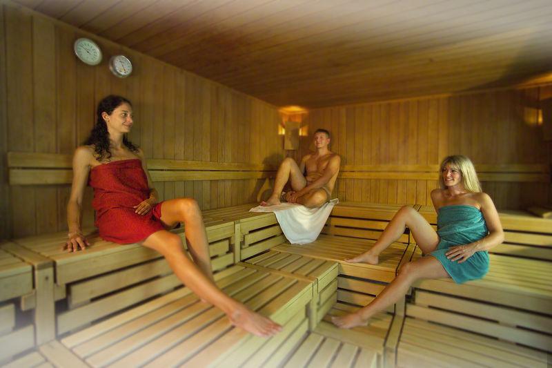 Mit Bronchitis In Die Sauna