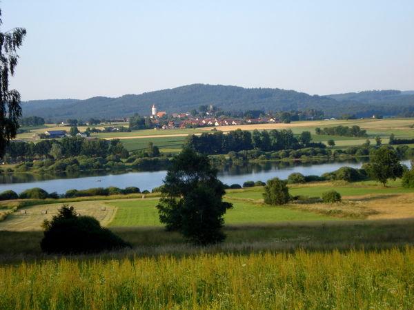 Blick auf den Silbersee bei Tiefenbach im Naturpark Oberer Bayerischer Wald
