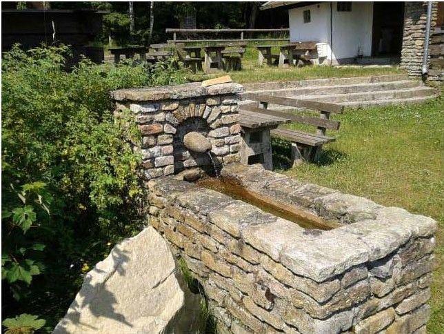 Armtauchbecken auf dem Kronberg bei Viechtach im Bayerischen Wald