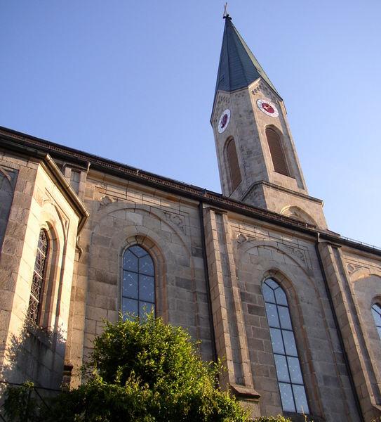 Die imposante Stadtpfarrkirche in Waldkirchen