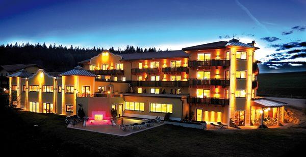 Wellnesshotel reischlhof bayerischer wald for Designhotel bayerischer wald
