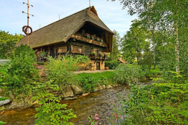 Der romantische Fürstenberger Hof - heute Heimatmuseum in Zell am Harmersbach-Unterharmersbach