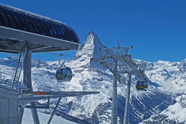 Blauherd: Sommer- und Winterparadies mit bester Sicht auf das Matterhorn.
