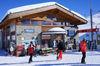 La station de Riffelberg se situe sur les pistes de ski. La piste de luge au départ de Rotenboden s'achève ici.
