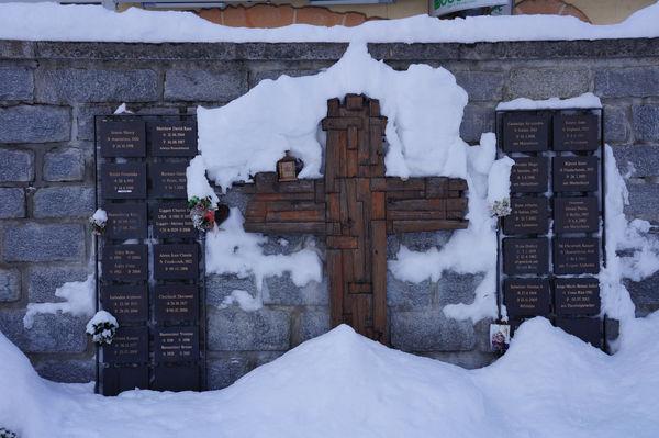 Un site spirituel: le lieu commémoratif des alpinistes et des touristes défunts qui présentaient un profond lien avec Zermatt.