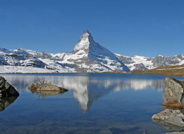 World-famous subject: the Matterhorn, reflected as a pyramid in the Stellisee.