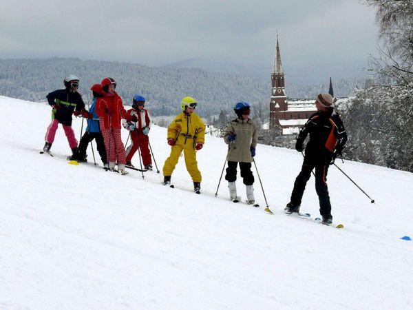 Kids-Skikurs am Skilift Glasberg in der Glasstadt Zwiesel im ArberLand Bayerischer Wald
