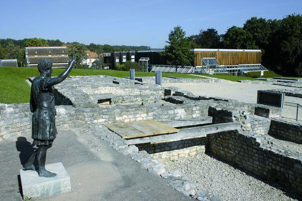 Aalen-Limesmuseum_Archäologischer Park mit konservierten Grundmauern