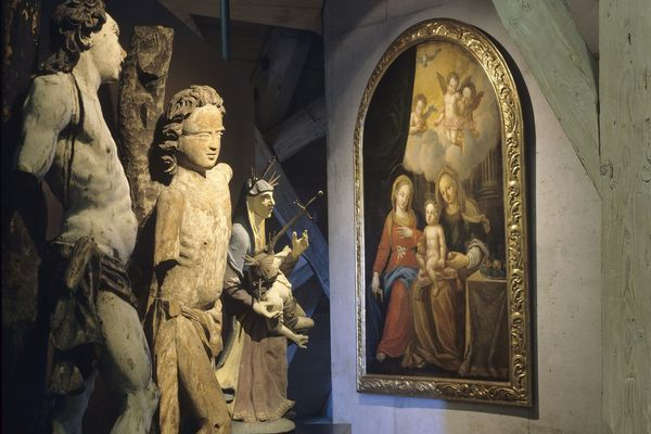 Ausstellungsstücke im Stadtmuseum Abensberg