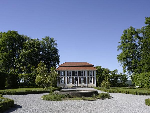 Heckengarten beim Schloss Hohenstadt