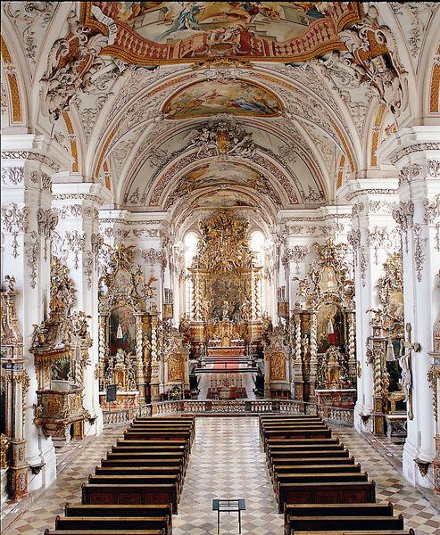 Die Klosterkirche in Aldersbach gilt als schönste Marienkirche Bayerns