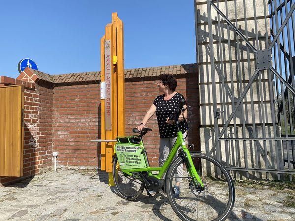 E-Bike-Ladestele auf dem Schlossgut Altlandsberg, Foto: Stephen Ruebsam