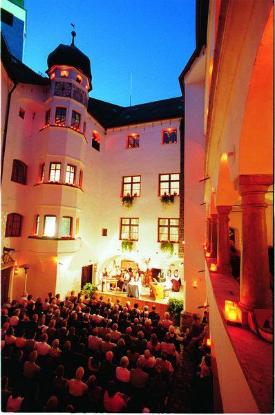 Konzert im Schloss Amerang.