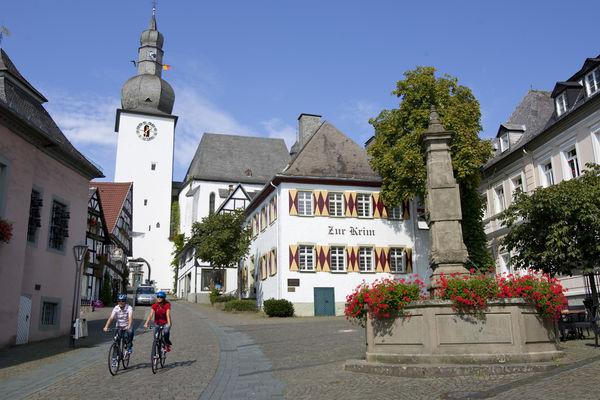 Alter Markt - Glockenturm - Maximilianbrunnen