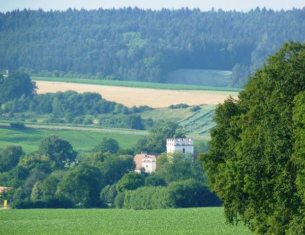 Blick auf Schloss Mariakirchen