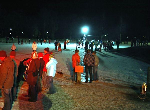 Wintererlebnis bei der Eisparty im Seepark Arrach