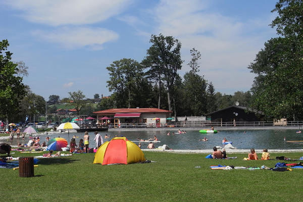 Naturschwimmbad in Aschau.