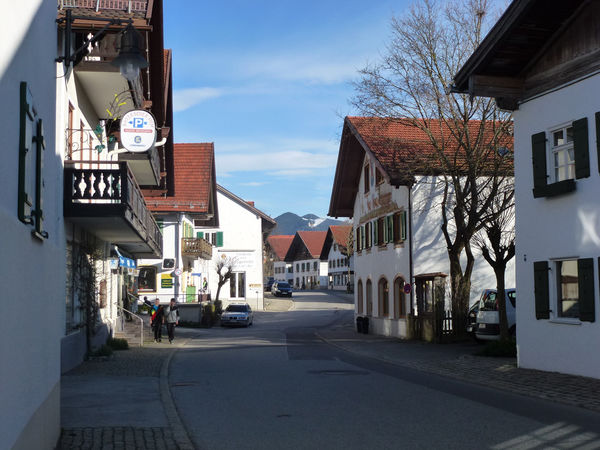 Dorfstrasse in Bad Bayersoien