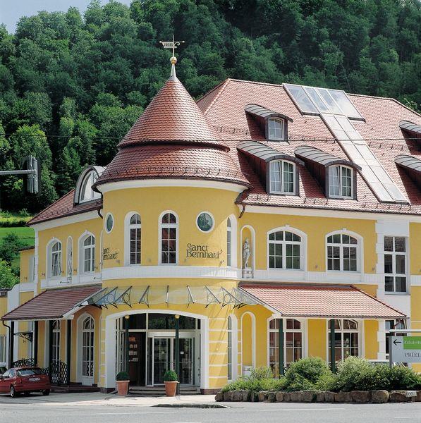 Kräuterhaus Sanct Bernhard in Bad Ditzenbach