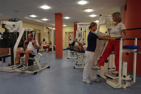 Medizinische Trainingstherapie im ambulanten Rehazentrum Bad Endorf