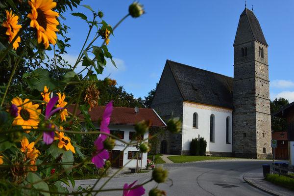 Ehemalige Wallfahrtskirche Maria Himmelfahrt in Hirnsberg