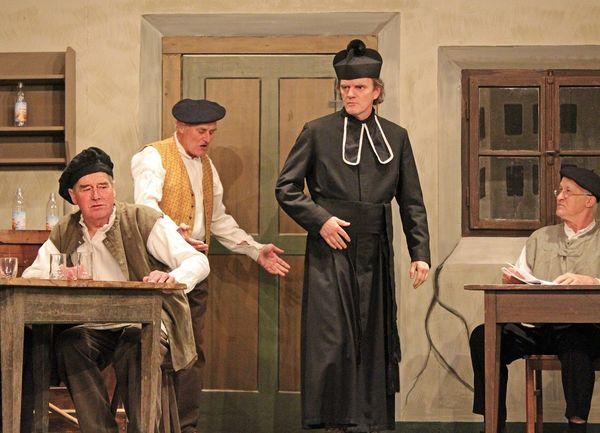 Aufführung der Endorfer Theatergesellschaft.