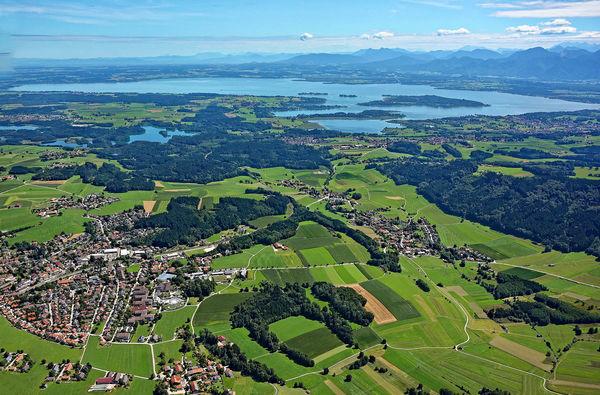 Luftbild Bad Endorf mit Eggstätt-Hemhofer-Seenplatte