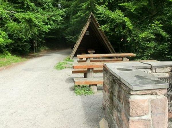 Grillplatz bei Spitzhütte Bernbach