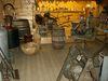 Geräte zur Schnapsherstellung in der Bärwurzerei Drexler in Bad Kötzting