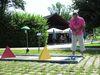 Sommerspaß beim Minigolf im Kurpark Bad Kötzting im Naturpark Oberer Bayerischer Wald