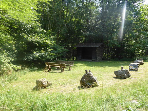 Ein Ort zur kurzen Pause - Schutzhütte Fangsboden.