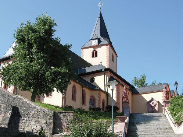 Aufgang zur St.-Martins-Kirche