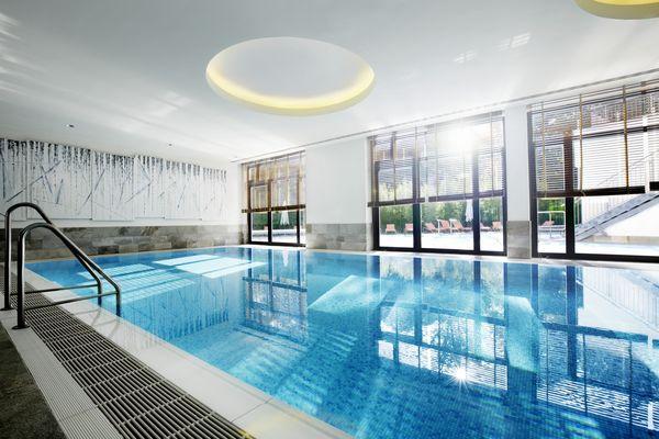 Innen-Sportschwimmbecken, Foto: Hotel Esplanade Bad Saarow GmbH