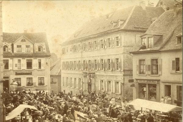 Rathaus Baden-Baden – Ehemaliges Jesuitenkolleg