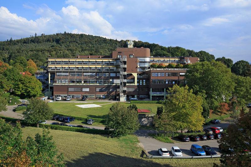 Außenaufnahme des Klinikums Mittelbaden Balg