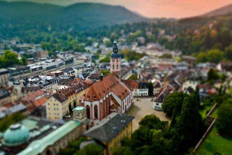 Luftaufnahme der Stiftskirche