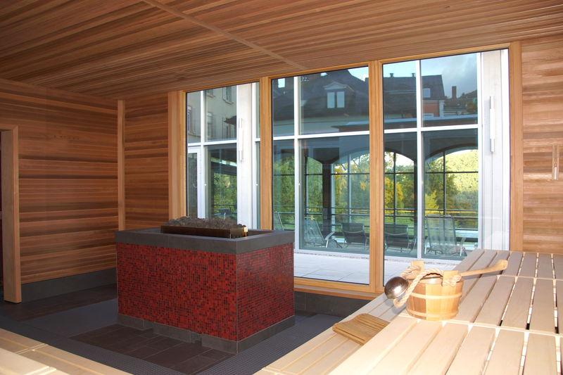 herrliche saunalandschaft in badenweiler schwarzwald. Black Bedroom Furniture Sets. Home Design Ideas